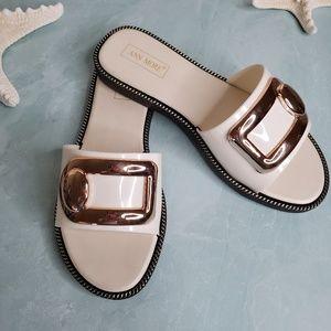 NEW Ann More Beige Button Rhinestone Sandals